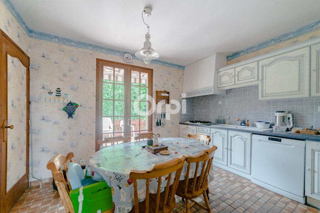 Maison à vendre 8 161.81m2 à Limoges vignette-7
