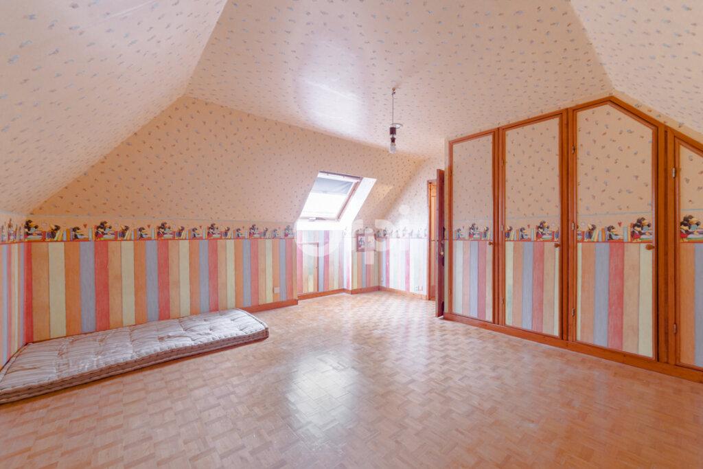 Maison à vendre 8 161.81m2 à Limoges vignette-12