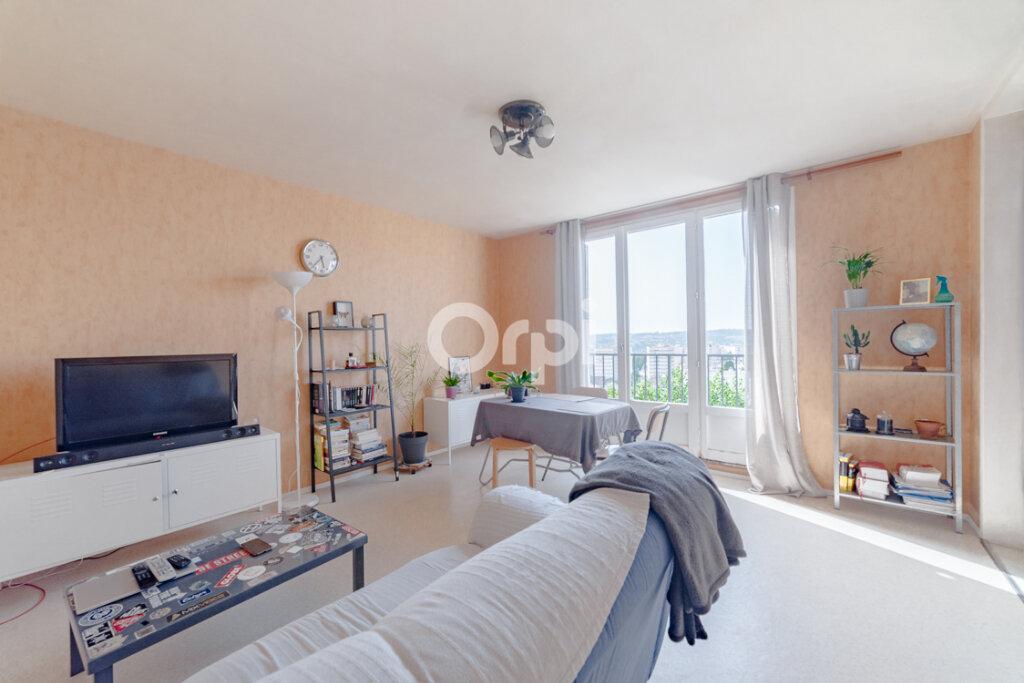 Appartement à vendre 4 66.85m2 à Limoges vignette-2