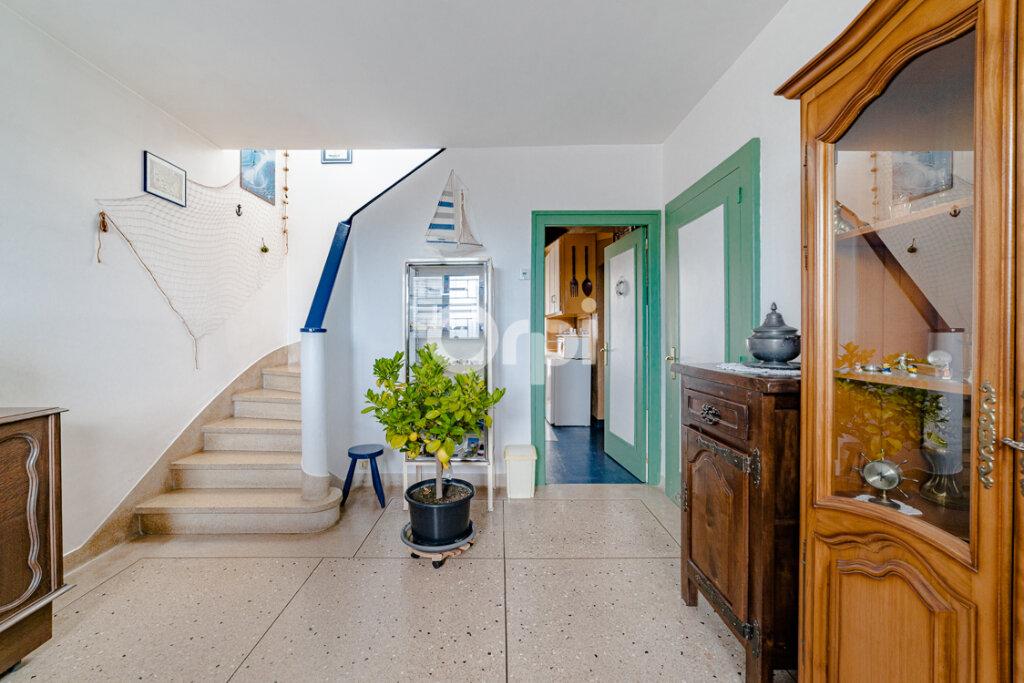 Maison à vendre 4 111.21m2 à Limoges vignette-6