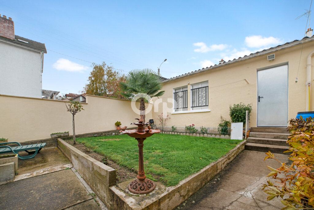 Maison à vendre 4 111.21m2 à Limoges vignette-13