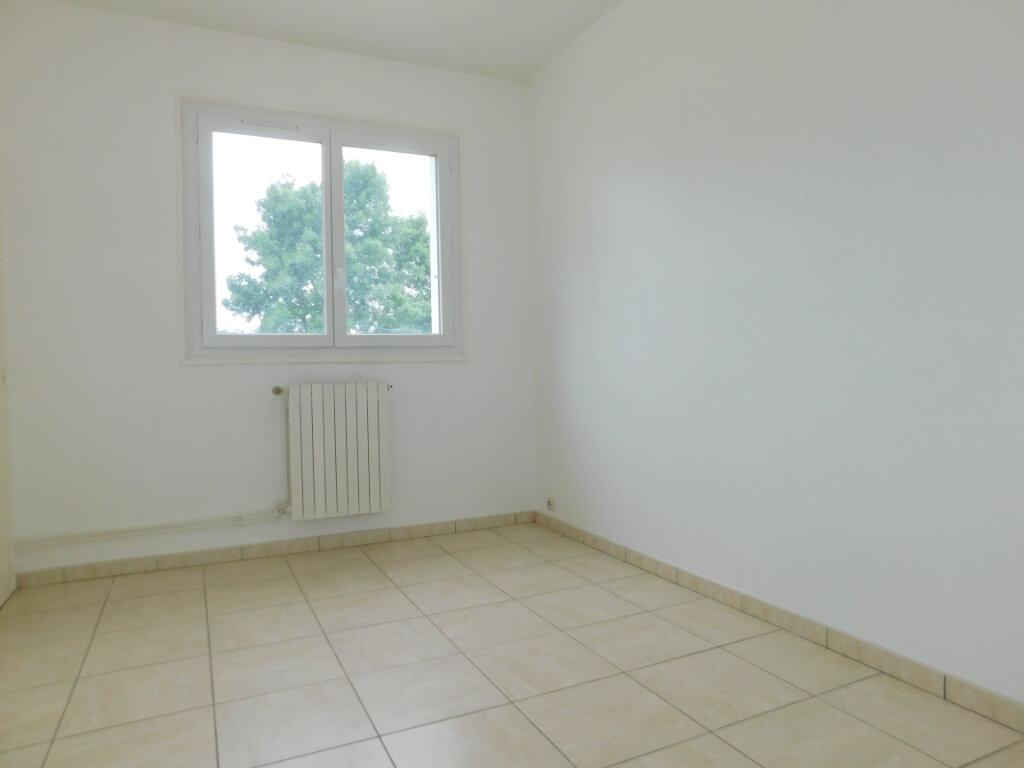 Appartement à louer 3 60m2 à Limoges vignette-8