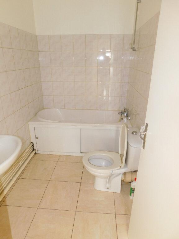 Appartement à louer 3 60m2 à Limoges vignette-9
