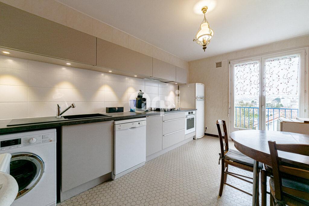 Appartement à vendre 3 77.44m2 à Limoges vignette-1