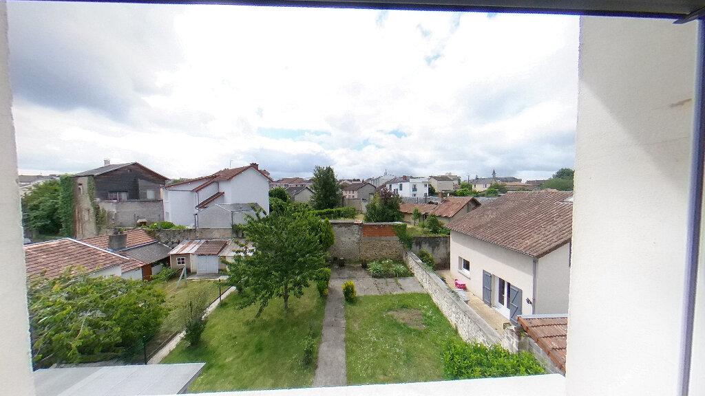 Appartement à vendre 3 77.44m2 à Limoges vignette-3