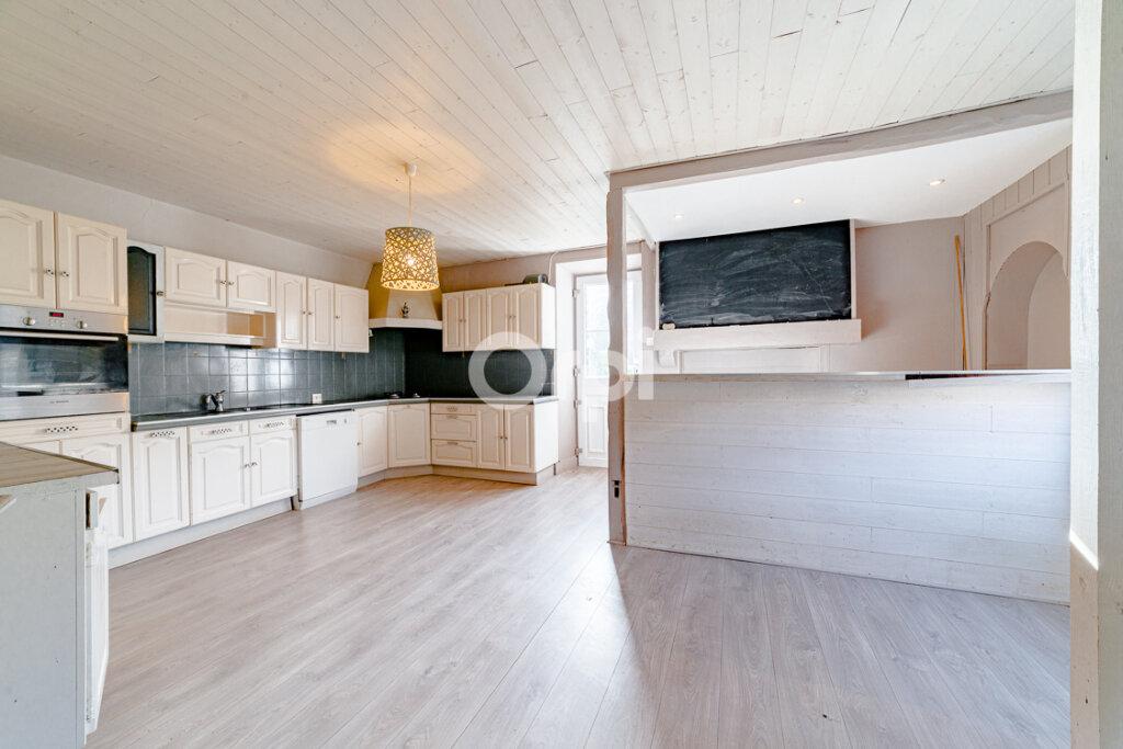 Maison à vendre 8 214m2 à Saint-Junien vignette-1