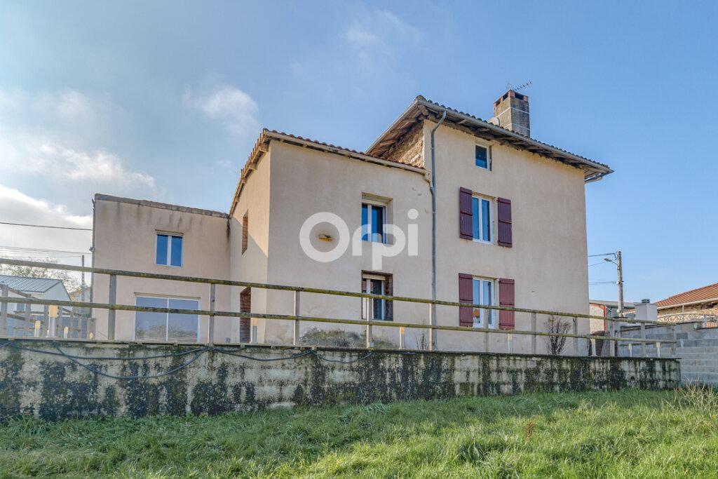 Maison à vendre 8 214m2 à Saint-Junien vignette-2