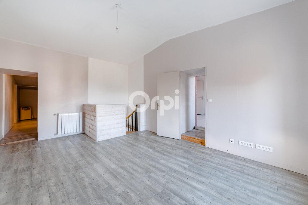 Maison à vendre 8 214m2 à Saint-Junien vignette-8