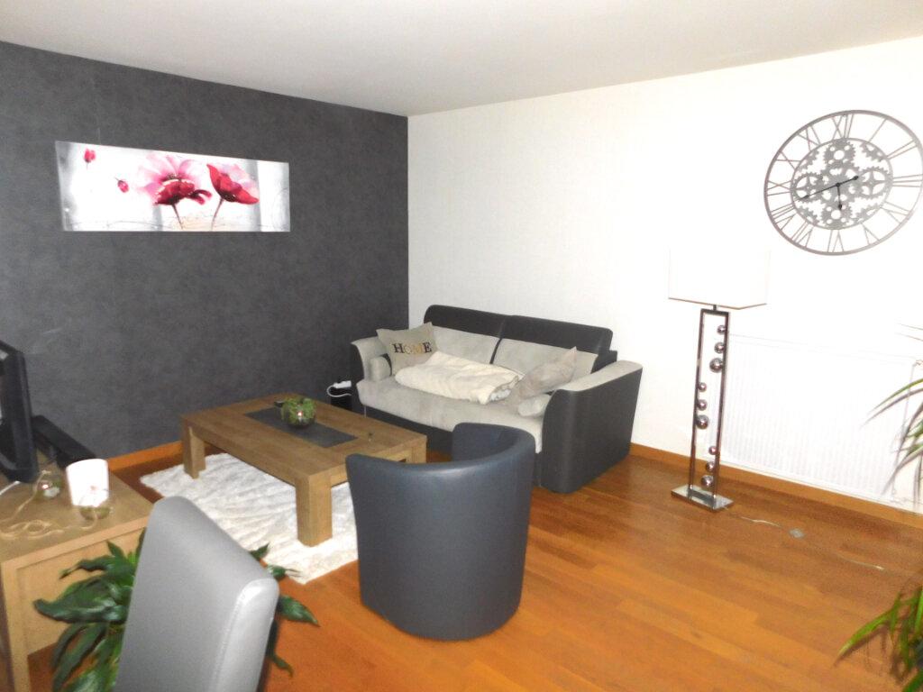 Appartement à louer 3 73m2 à Limoges vignette-1