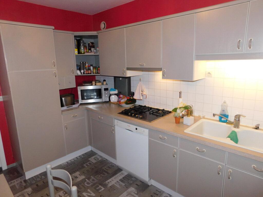 Appartement à louer 3 73m2 à Limoges vignette-5
