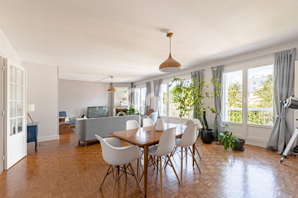 Appartement à vendre 5 108m2 à Limoges vignette-1