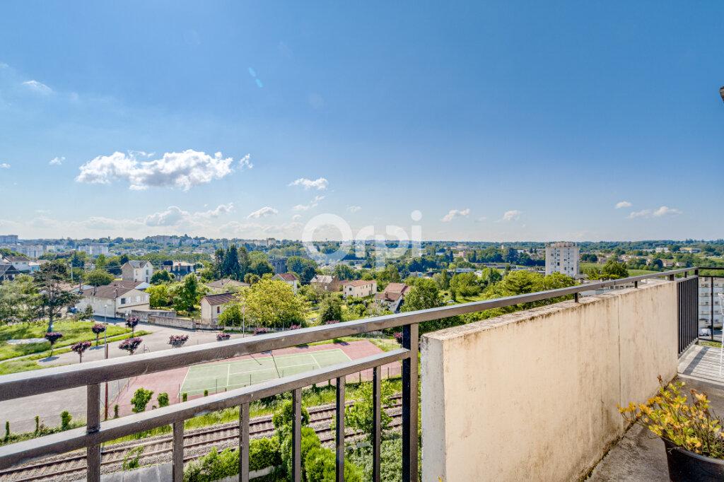 Appartement à vendre 5 108m2 à Limoges vignette-2