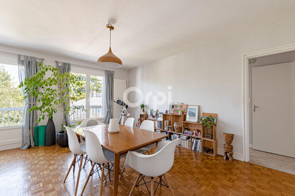 Appartement à vendre 5 108m2 à Limoges vignette-4