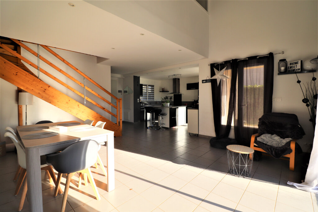 Maison à vendre 4 128m2 à Gragnague vignette-3