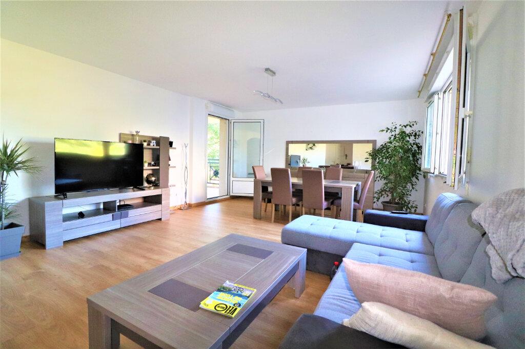 Appartement à vendre 4 94.75m2 à Labège vignette-3
