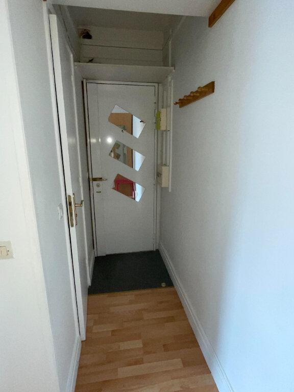 Appartement à louer 1 20m2 à Paris 10 vignette-6