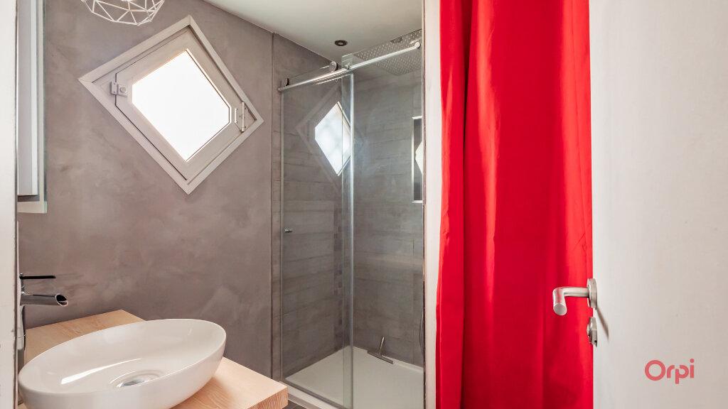 Appartement à vendre 2 56m2 à Paris 10 vignette-6