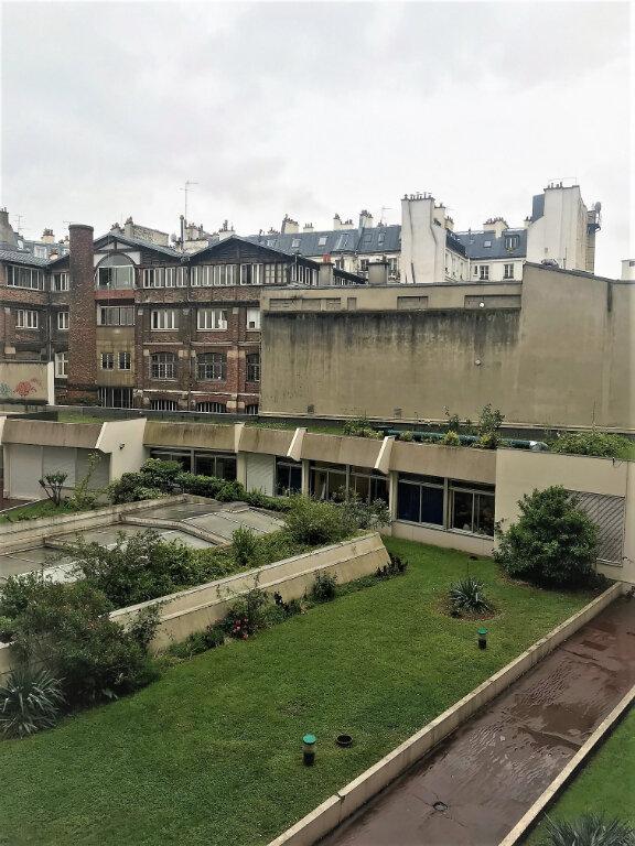 Appartement à vendre 3 72m2 à Paris 10 vignette-8