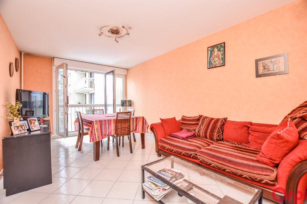Appartement à vendre 3 65m2 à Saint-Ouen vignette-1