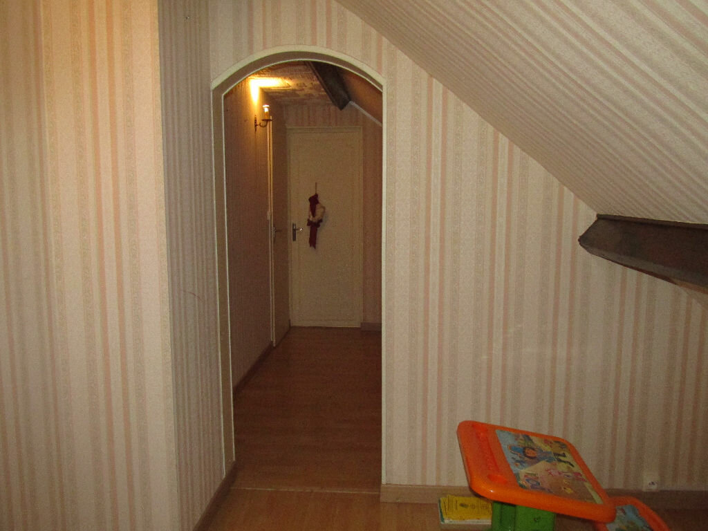 Maison à vendre 7 109m2 à Gy-les-Nonains vignette-7