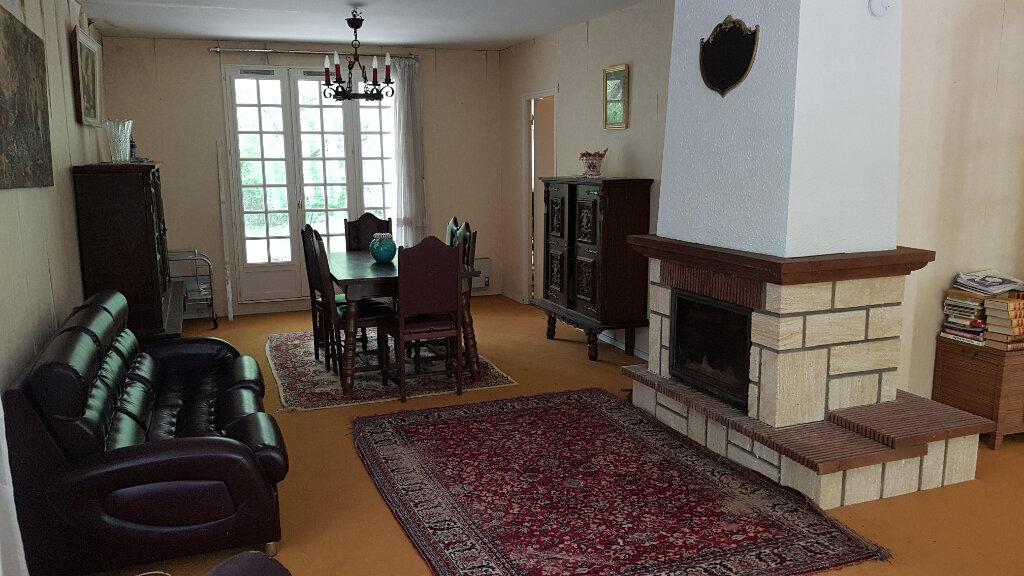 Maison à vendre 9 176m2 à La Selle-en-Hermoy vignette-2