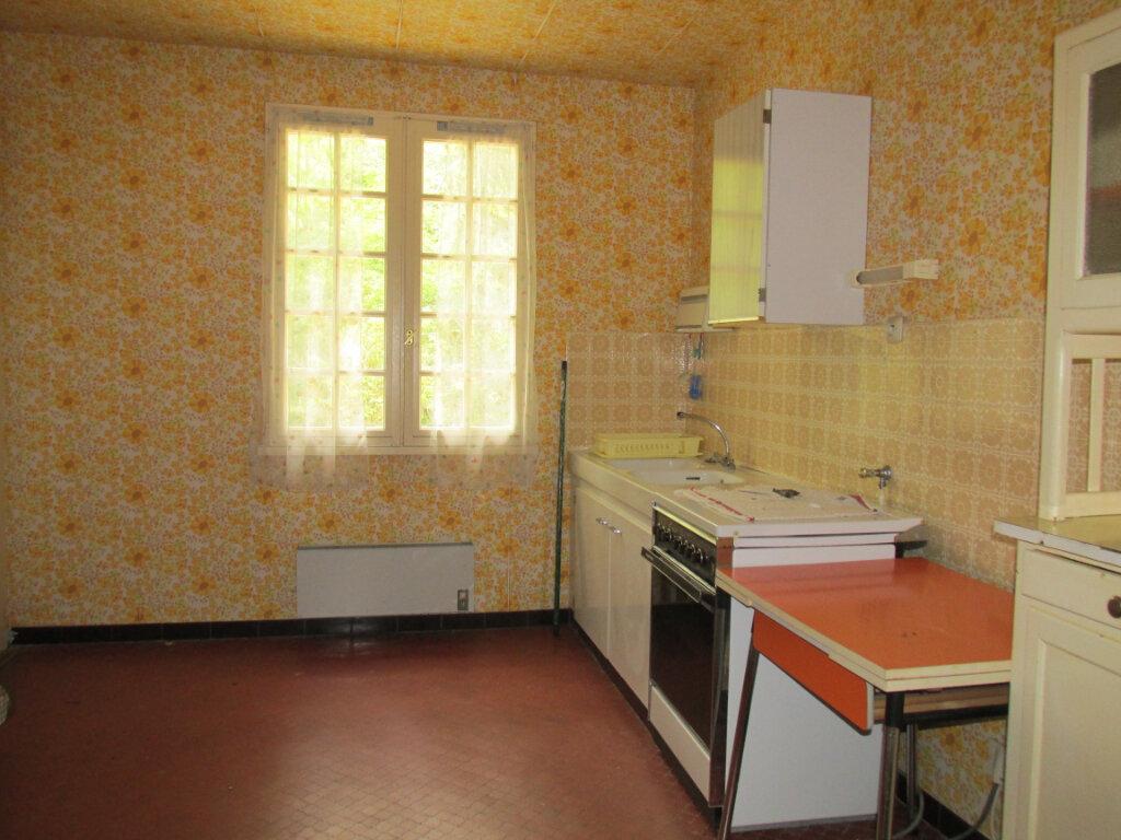 Maison à vendre 9 176m2 à La Selle-en-Hermoy vignette-3