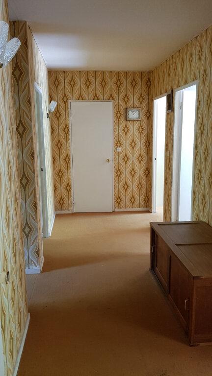 Maison à vendre 9 176m2 à La Selle-en-Hermoy vignette-5