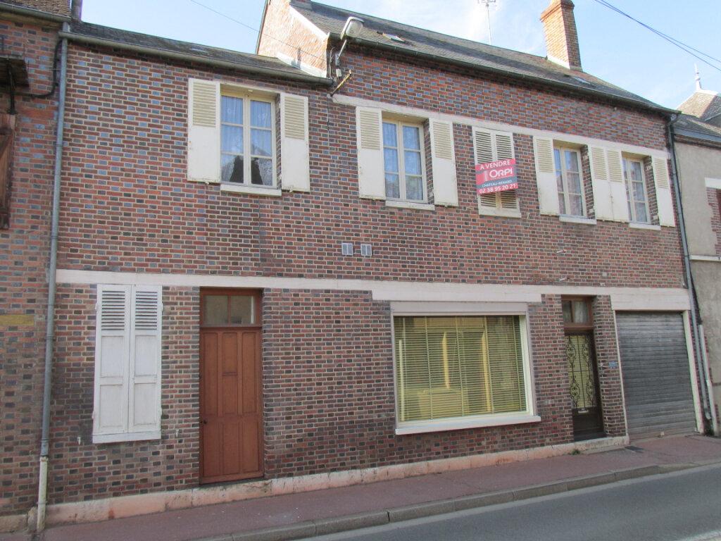 Maison à vendre 4 113m2 à Château-Renard vignette-11