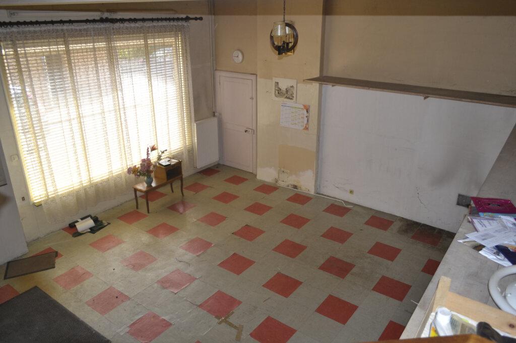 Maison à vendre 4 113m2 à Château-Renard vignette-13