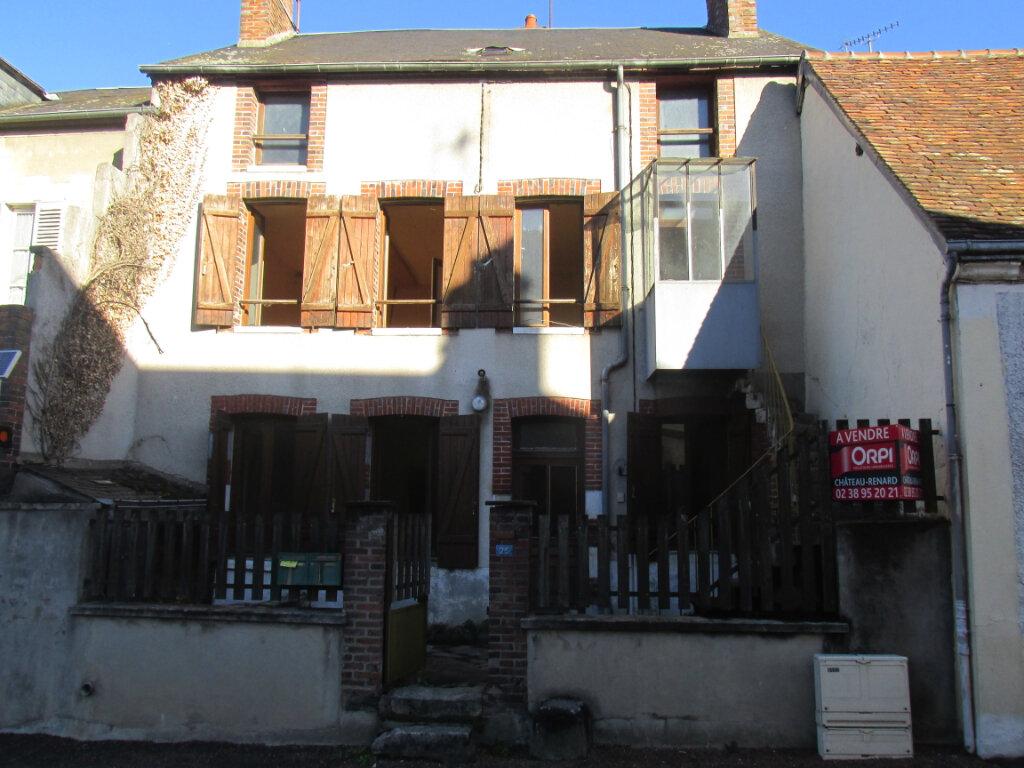 Maison à vendre 5 98m2 à Château-Renard vignette-1
