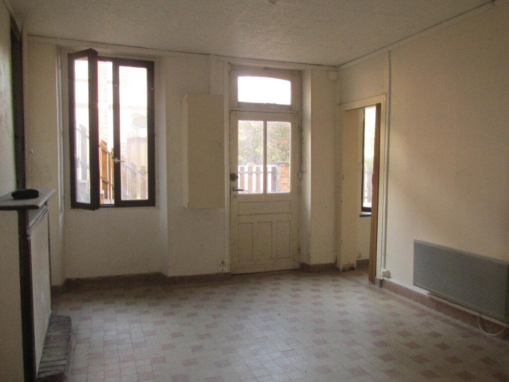 Maison à vendre 5 98m2 à Château-Renard vignette-5
