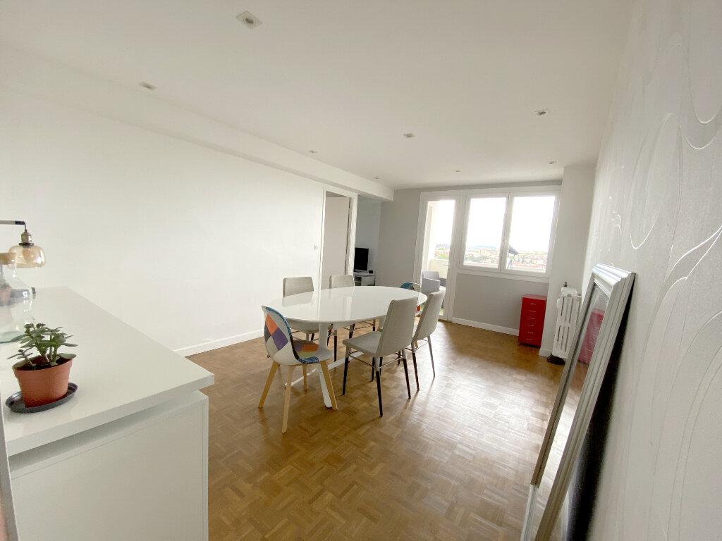 Appartement à louer 3 64.66m2 à Toulouse vignette-2