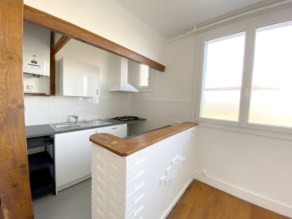 Appartement à louer 2 34.56m2 à Toulouse vignette-2