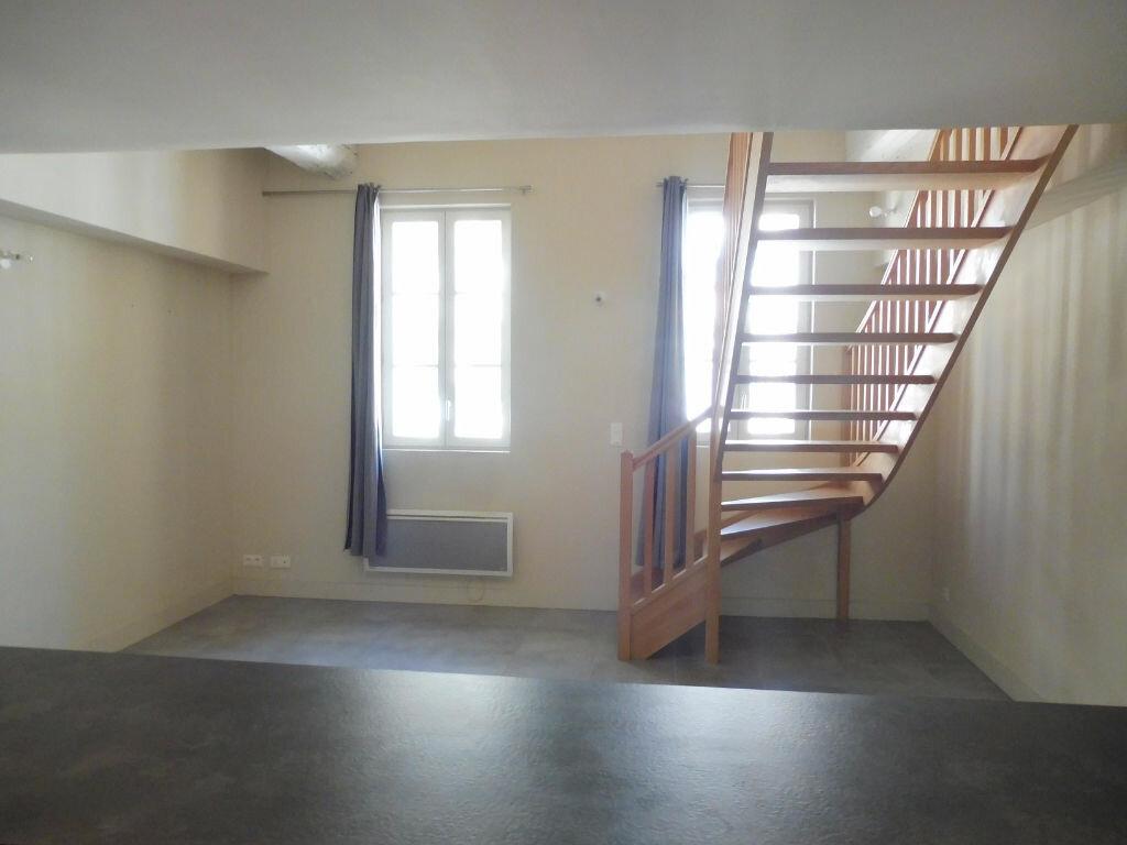 Appartement à louer 2 44.95m2 à Avignon vignette-3