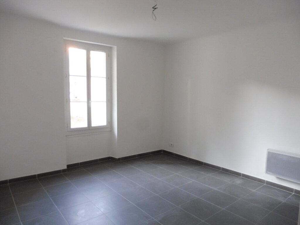 Appartement à louer 2 44.27m2 à Avignon vignette-1