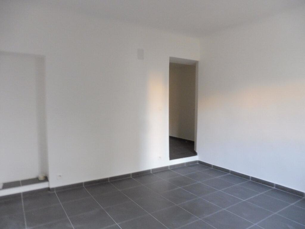 Appartement à louer 2 44.27m2 à Avignon vignette-4