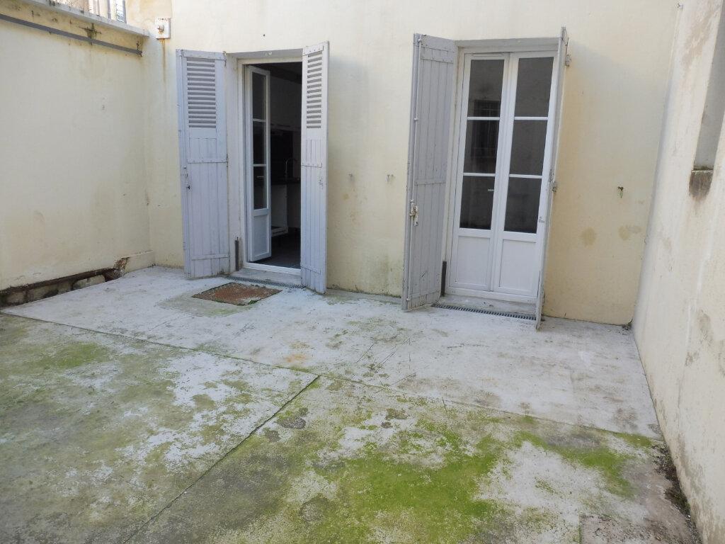 Appartement à louer 2 44.27m2 à Avignon vignette-5
