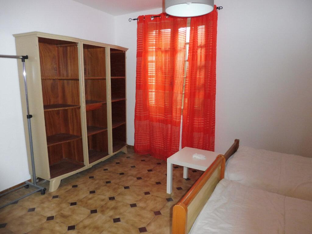 Appartement à louer 2 75m2 à Avignon vignette-8