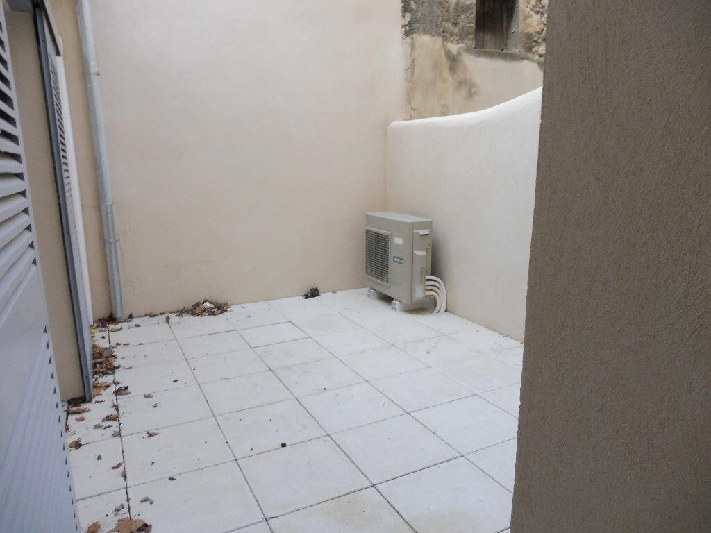 Appartement à louer 2 46.92m2 à Avignon vignette-6