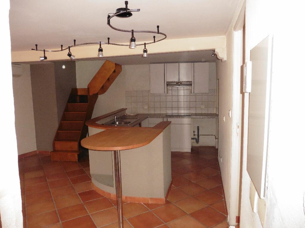 Appartement à louer 3 58m2 à Avignon vignette-4