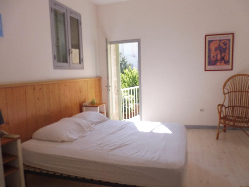 Appartement à louer 2 35m2 à Avignon vignette-7