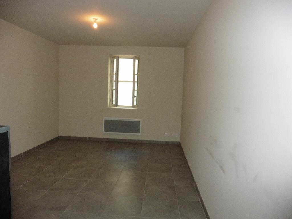 Appartement à louer 2 50.56m2 à Avignon vignette-3