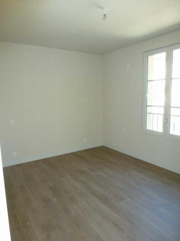 Appartement à louer 3 48.75m2 à Avignon vignette-3