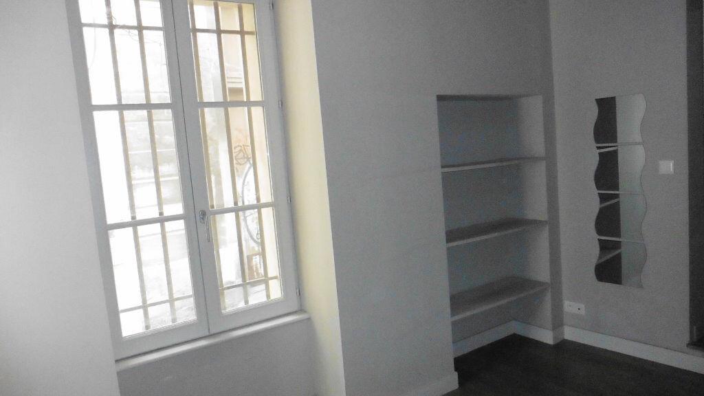 Appartement à louer 2 38.65m2 à Avignon vignette-7