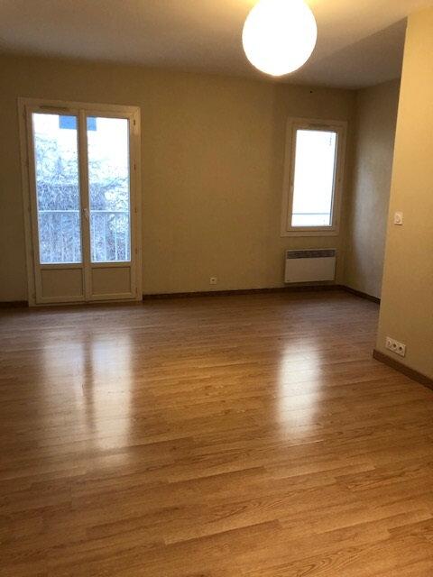 Appartement à louer 2 40m2 à Avignon vignette-1