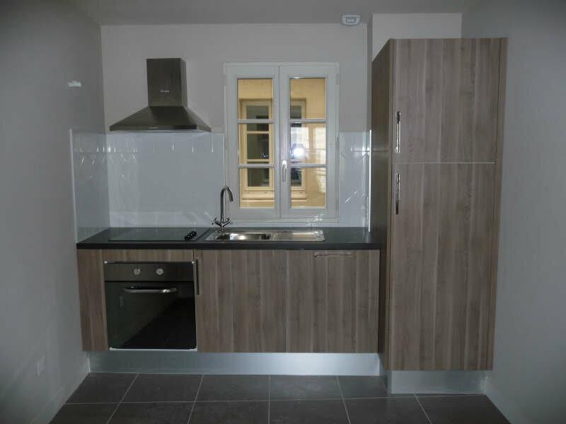 Appartement à louer 2 55.4m2 à Avignon vignette-2