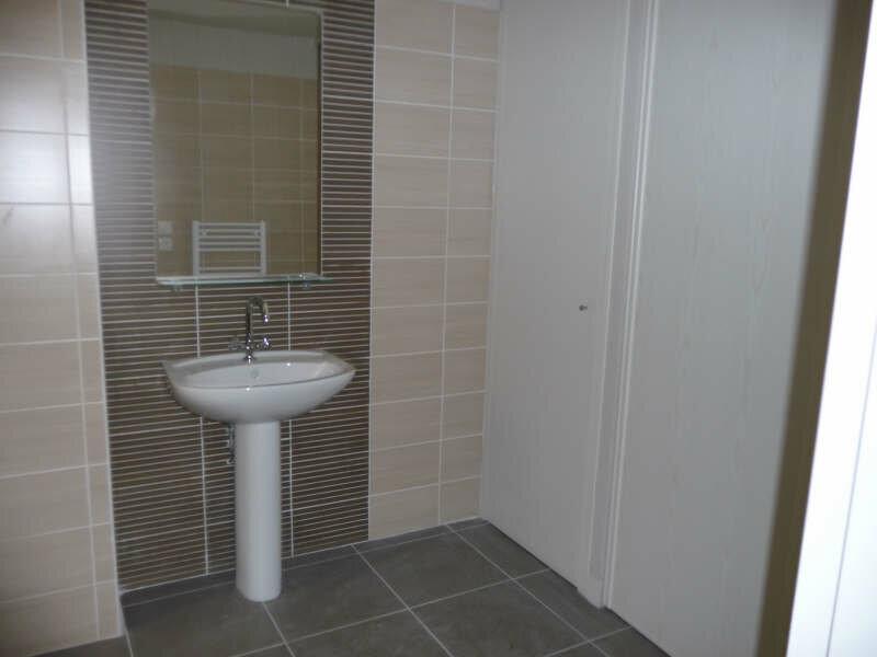 Appartement à louer 2 55.4m2 à Avignon vignette-5