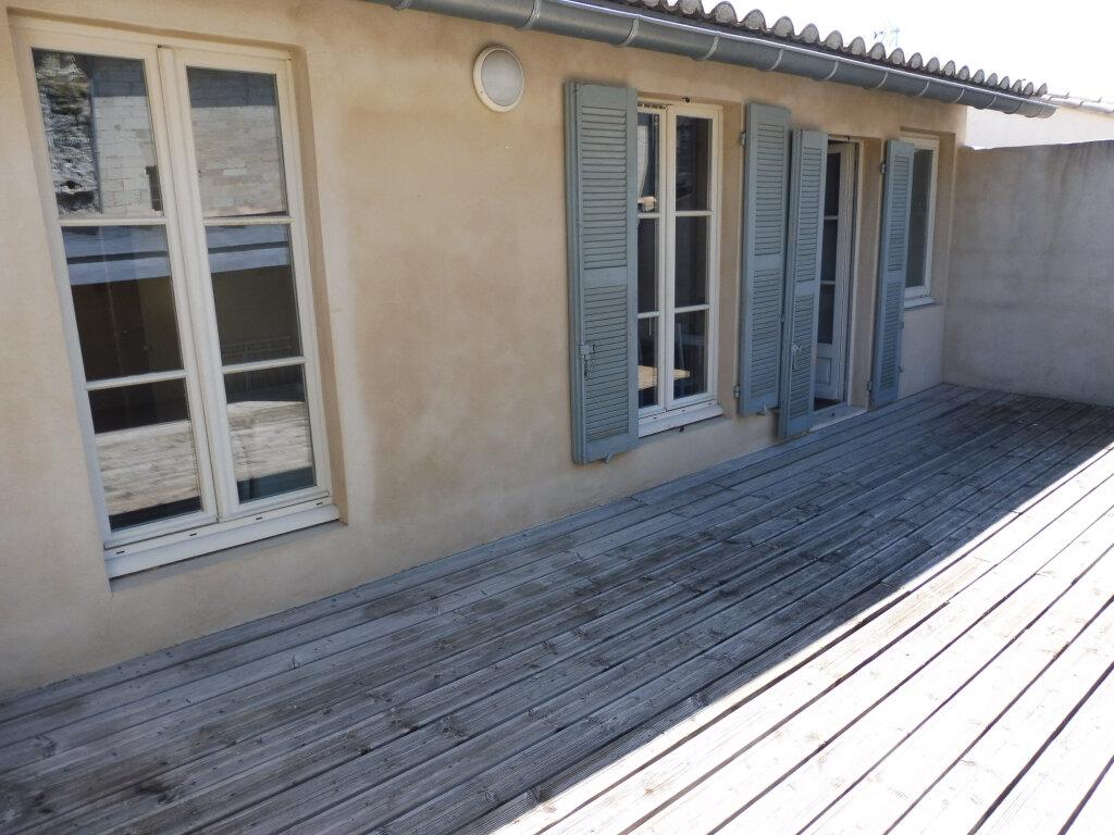 Appartement à louer 1 25m2 à Avignon vignette-1
