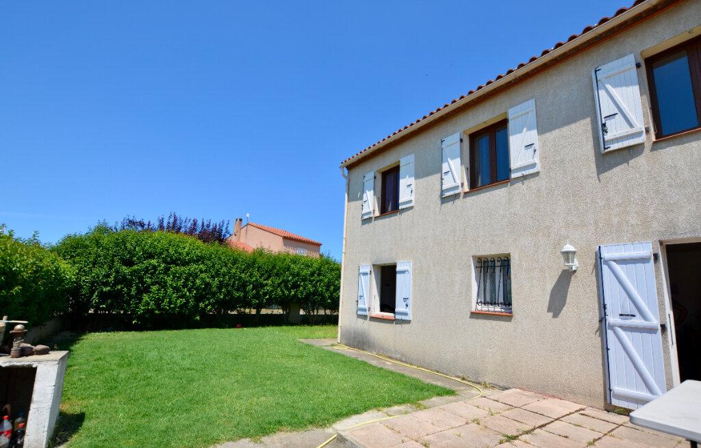Maison à vendre 7 120m2 à Sainte-Marie vignette-2