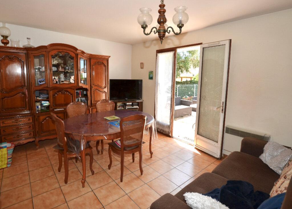 Maison à vendre 7 120m2 à Sainte-Marie vignette-4